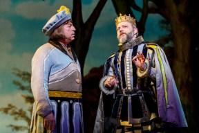 Tom Alan Robbins as Dametas and Jeremy Kushnier as King Basilius