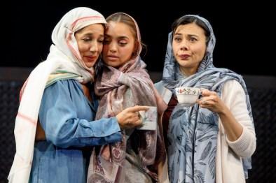 """Purva Bedi as Deepa Batra, Shazi Raja and Basminder """"Boz"""" Batra and Angel Desai as Simran Rayat"""