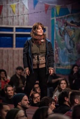 Jo McInnes as Paula
