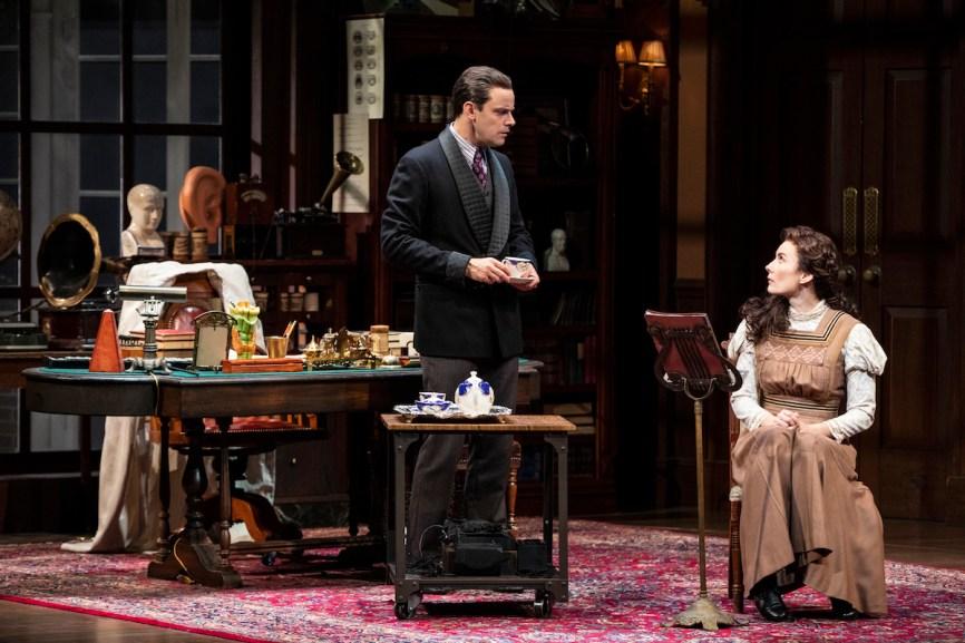 Harry Hadden-Paton as Henry Higgins and Laura Benanti as Eliza