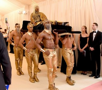 Billy Porter entering the Met Gala