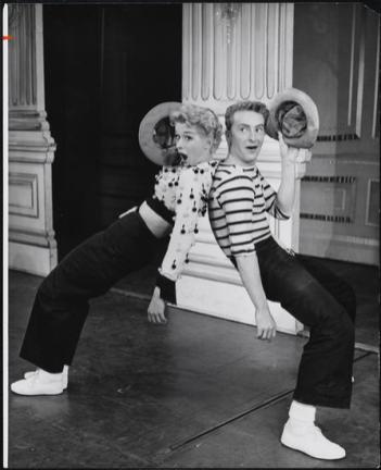 Gwen Verdon and Eddie Phillips in Damn Yankees, 1955