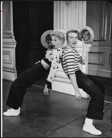 Gwen Verdon and Eddie Phillips in Damn Yankees, 1955