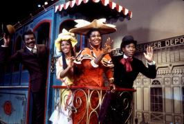 Hello Dolly with Pearl Bailey nypl.digitalcollections.510d47e4-6bf7-a3d9-e040-e00a18064a99.001.w