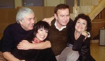 Chita Rivera and Liza Minnelli rehearse for the musical The Rink also with the musical's songwriters John Kander and Fred Ebb.