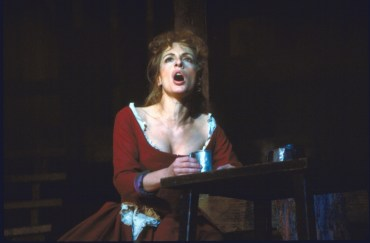 Patti LuPone Oliver 1984
