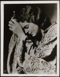 Eva Le Gallienne as Juliet 1933