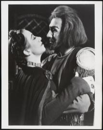 Flora Robson and Michael Redgrave in Macbeth, 1948