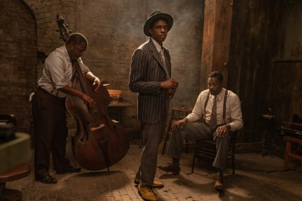 Ma Rainey's Black Bottom (2020): (L to R) Michael Potts as Slow Drag, Chadwick Boseman as Levee and Colman Domingo as Cutler. Cr. David Lee / Netflix