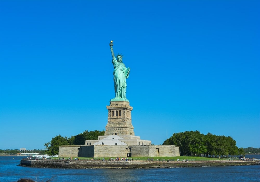Statue de la liberté Piédestal Couronne