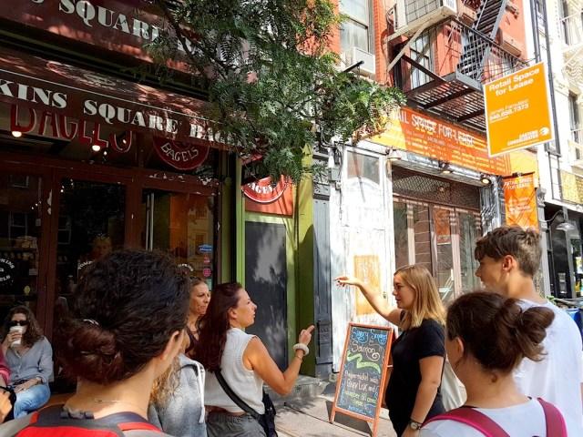 food tour,food,dégustation,visite,bagel,hot dog,cookies,East Village,Manhattan,manger,spécialités,tour,guide,français