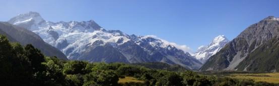 Panorama des Mount Sefton und Mount Cook
