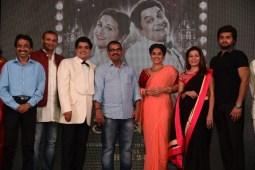 Vidya Balan launches Ekk Albela's song 'Shola Jo Bhadke'!