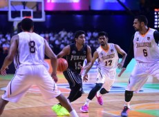 Mumbai Challengers ride an explosive 43-point 2nd quarter to take a 1-0 lead