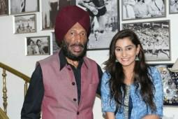 Durga meets legendary sprinter, Milkha Singh