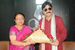 Social Activist Renu Mathur Felicitates Bollywood Actor Yashpal Sharma in Honour of Haryana Day