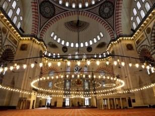 suleymaniye-mosque-interior-istanbul-turkey-720x540