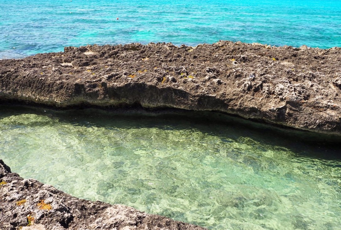 clear waters in the Caribbean Sea