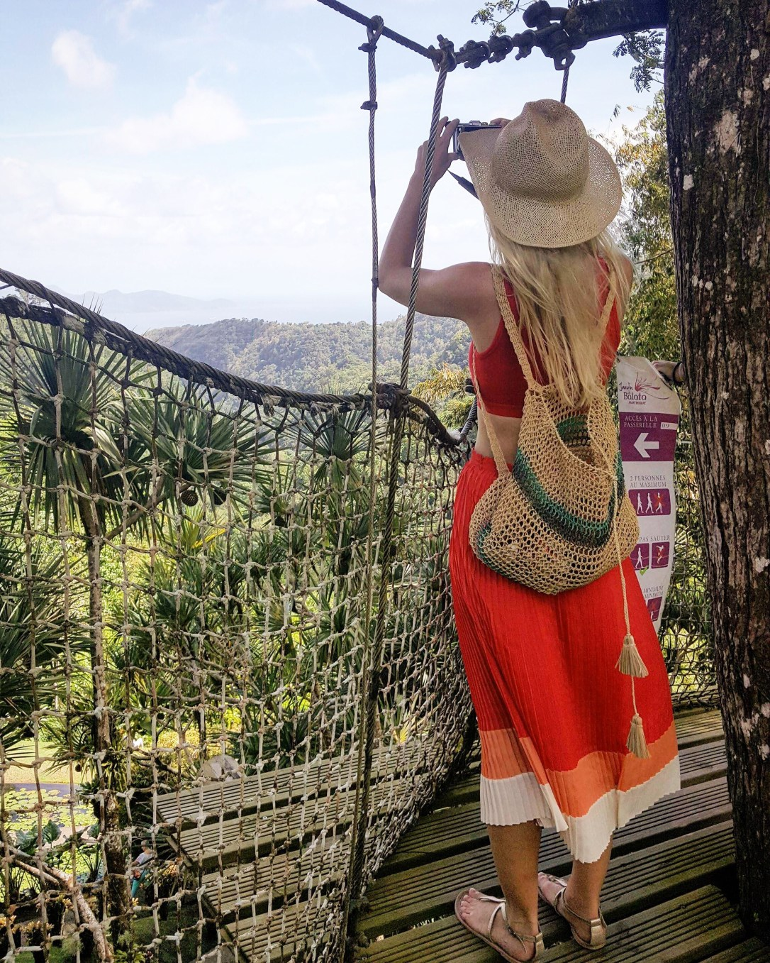 exploring Martinique from above