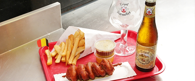belgian fries with beer Friterie Belge