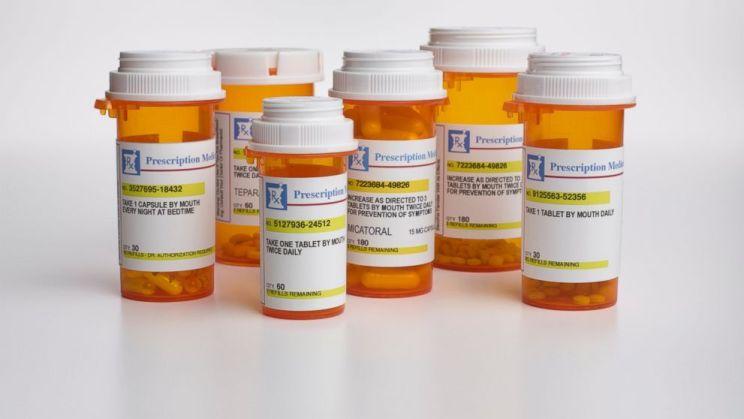 image of medicine,bottle,prescription