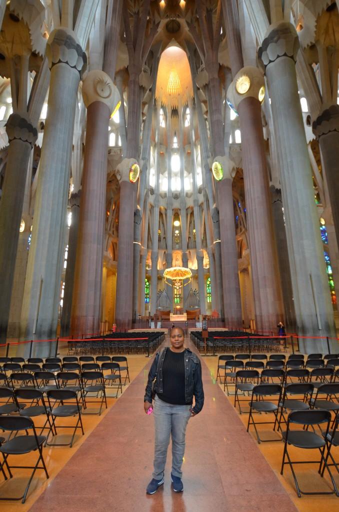 barcelona sagrada with woman posing