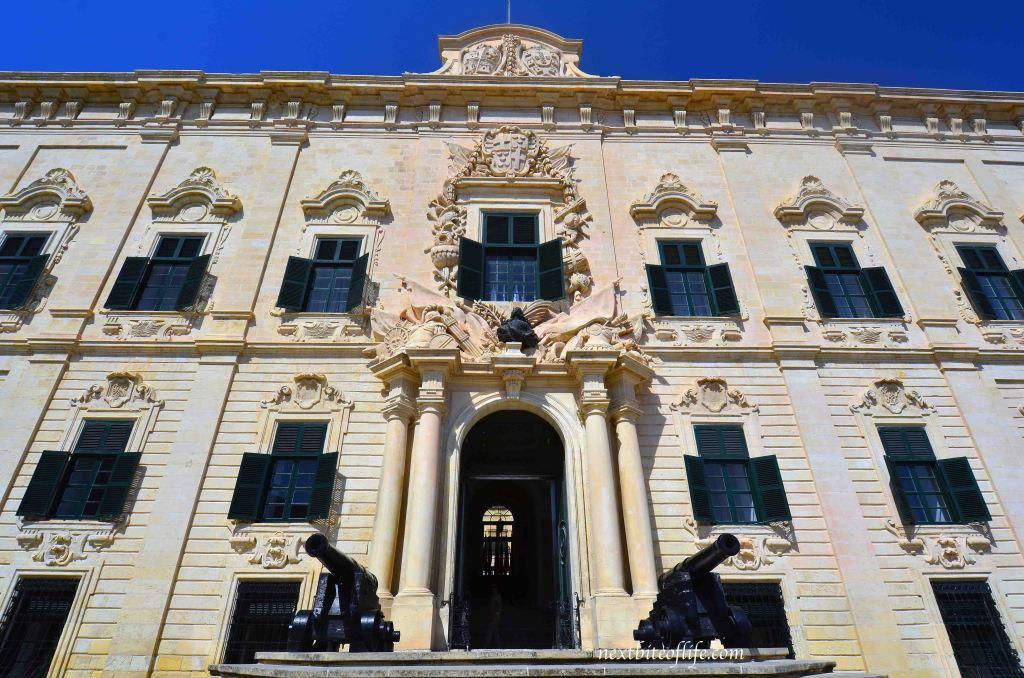 malta courthouse in valletta