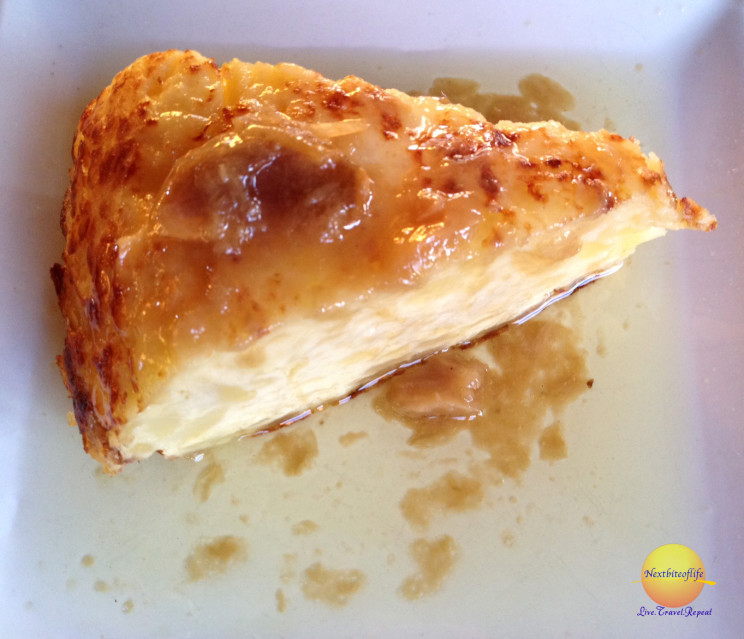 Las Lozas patata tapa with caramel sauce
