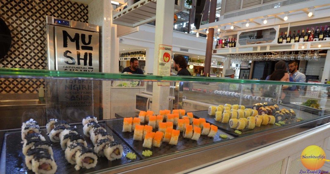 mercado barranco sushi stall