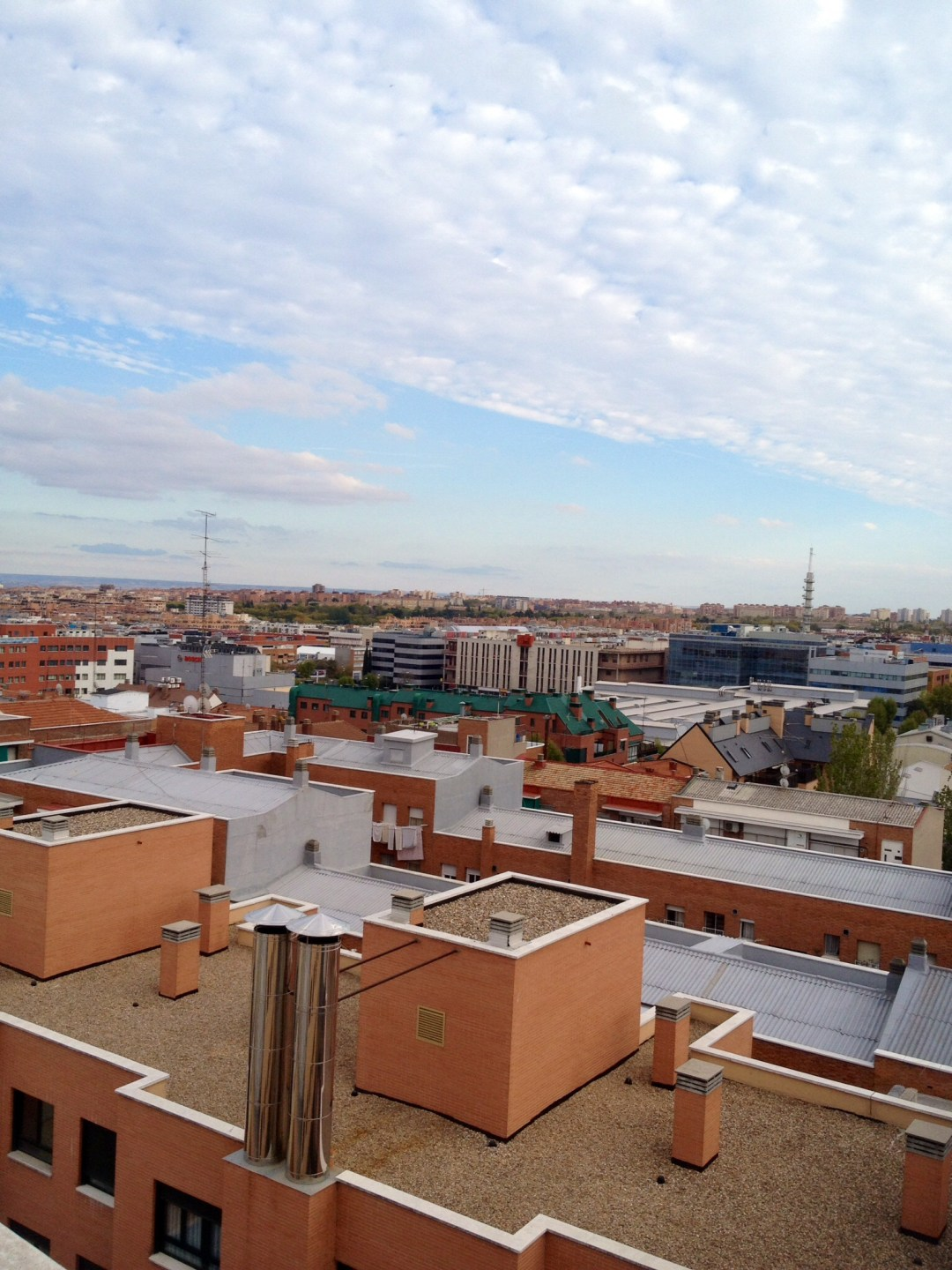 Rooftop view of our Airbnb apartment that l only got to enjoy for one night instead of 4. At least Federico was able to stay for 3 nights, and even though he offered another night, we couldn't take him up on his offer :-(