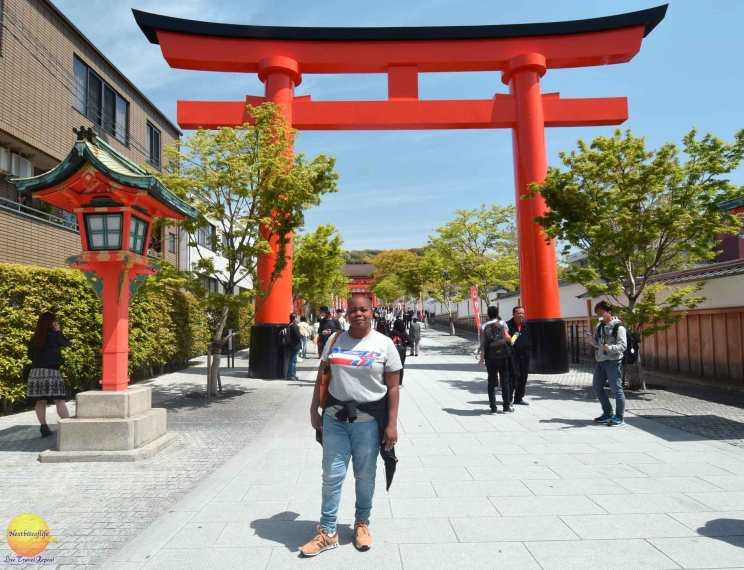 visiting fushimi inari entrance gate