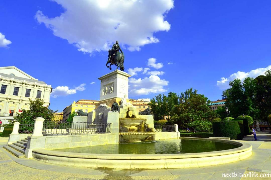 palacio-madrid-garden