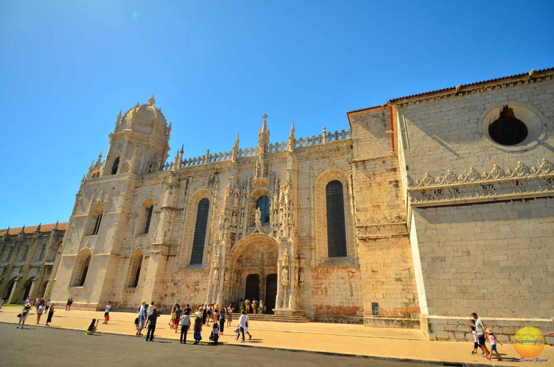 The church side of jeronimos monastery