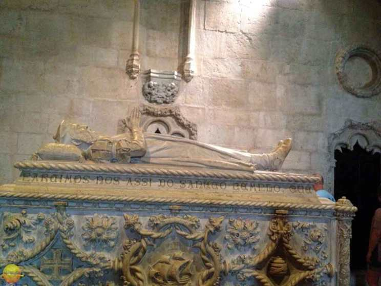 jeronimos monastery belem vasco da gama tomb