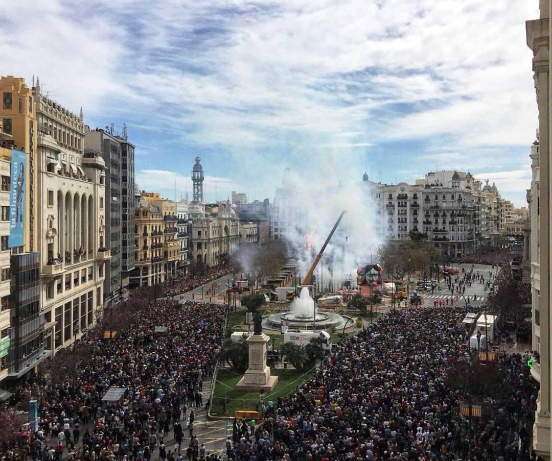 crowd at fallas valencia spain 2018