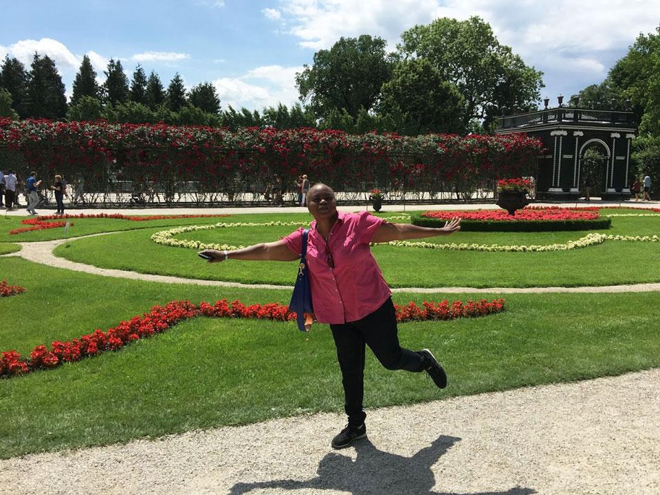 schonbrunn gardens