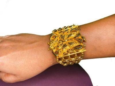NextBuye Gold Plated Butterfly Designed Mantasa Bracelet 3