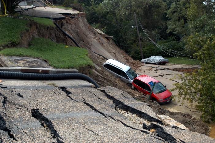 Landslide: 45 sentenced for negligence after death of 75 people