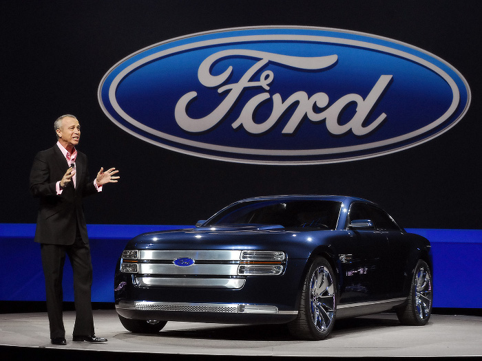 Ford recalls 1.3m vehicles over loose bolts
