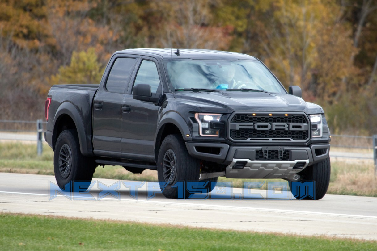CAUGHT: Ford Testing The 2020 Raptor With A 7.0-Liter V8 ...