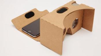kartonnen-vr-bril-google-wordt-groter-en-komt-ios