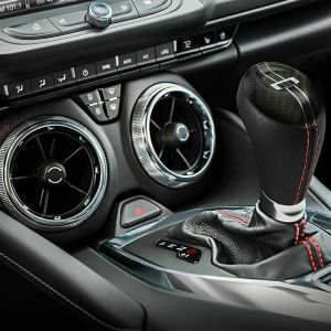 Carbon Fiber Automatic Shifter Knob   2016-2020 Camaro