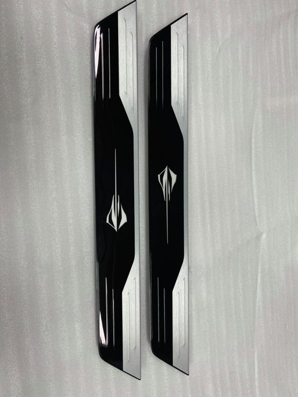 LED Illuminated Door Sills | 2020+ C8 Corvette (GM 84185603)
