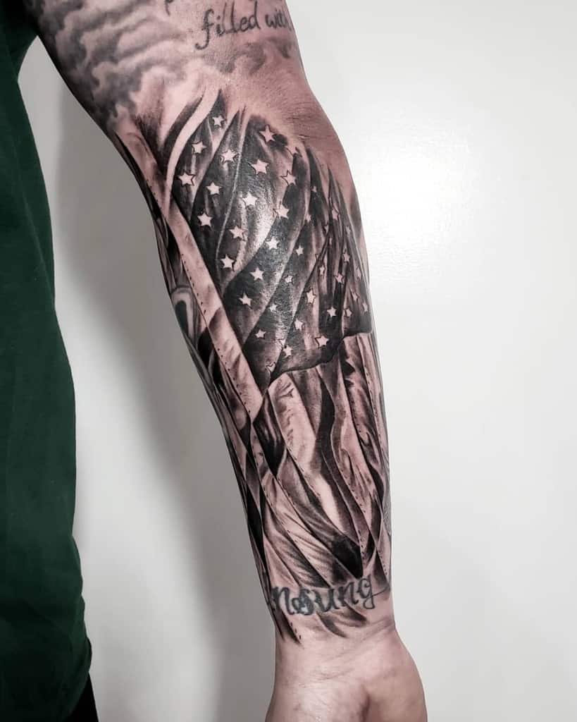 American Flag Half Sleeve : american, sleeve, American, Sleeve, Tattoo, Ideas, [2021, Inspiration, Guide]