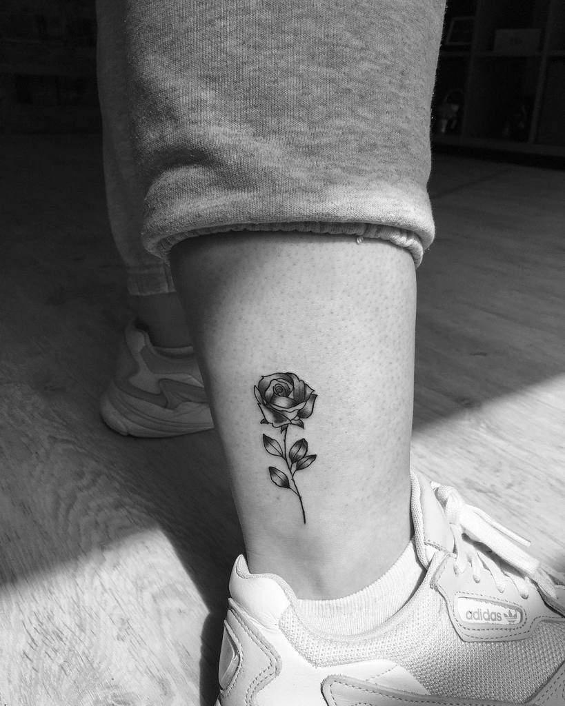 Small Rose Tattoo On Foot : small, tattoo, Small, Tattoo, Ideas, [2021, Inspiration, Guide]