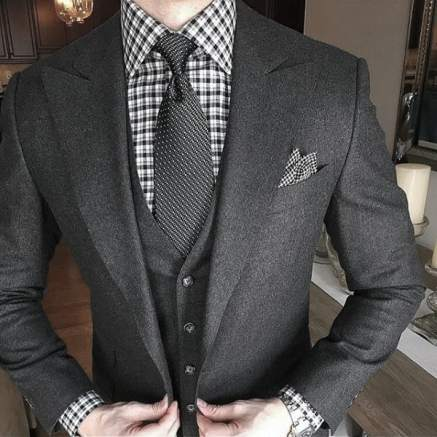 Grey Suit Style For Men With Checkered Dress Shirt And Grey Tie