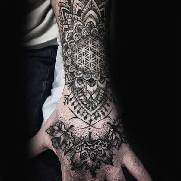 maple leaf tattoo design