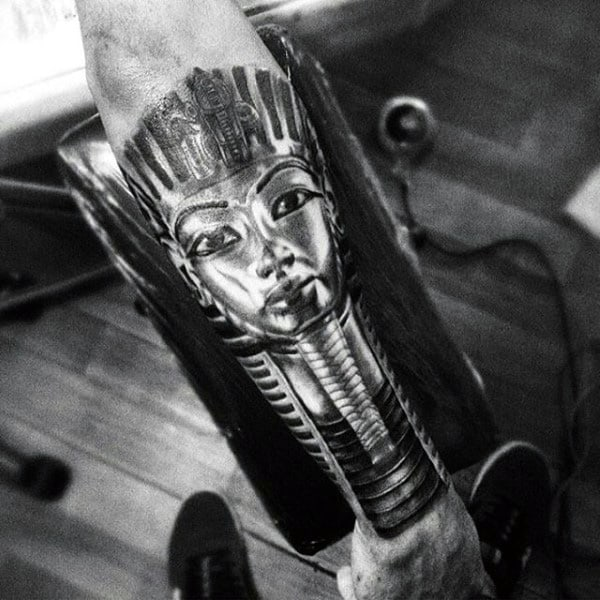 20 King Men Forearm Tattoos Ideas And Designs