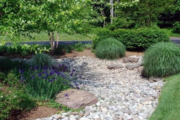 river rock landscaping