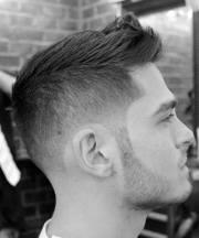 short fade haircuts men